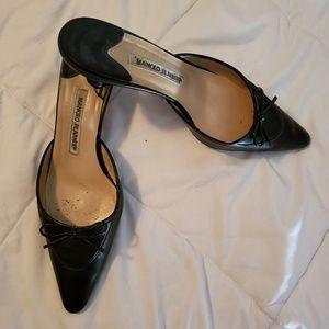 Manolo Blahnik black leather kitten heels
